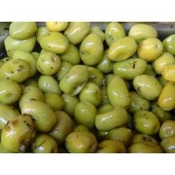 Olives verte cassées à la...